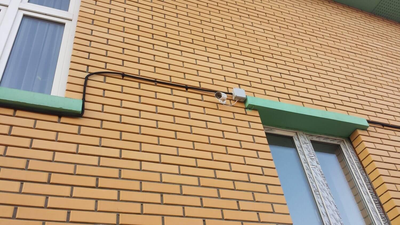 Пример установки системы видеонаблюдения